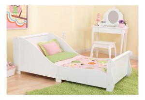 Kid Kraft bed for female