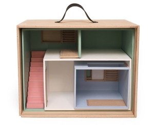 Suite Case Dollhouse